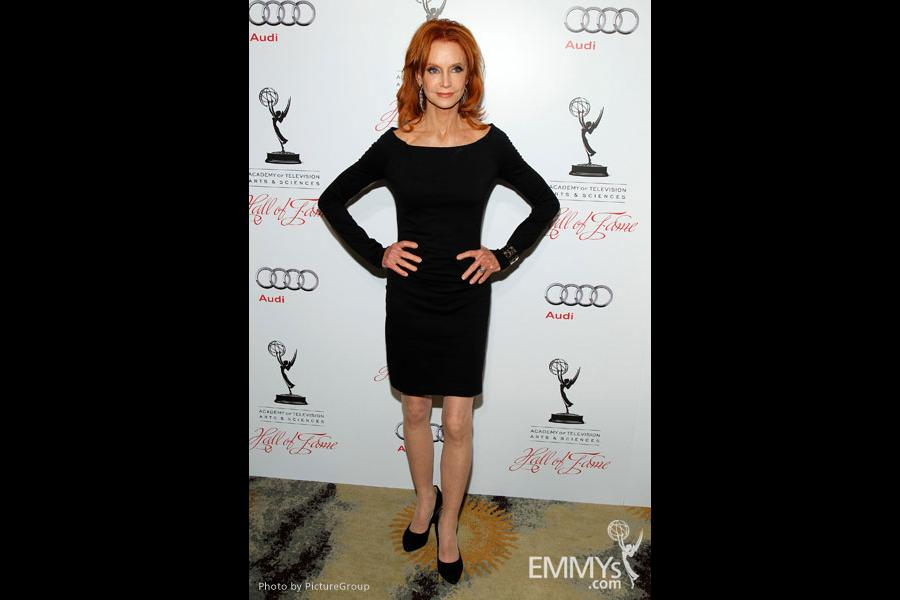 Swoosie Kurtz arrives at the 21st Annual Hall of Fame Gala