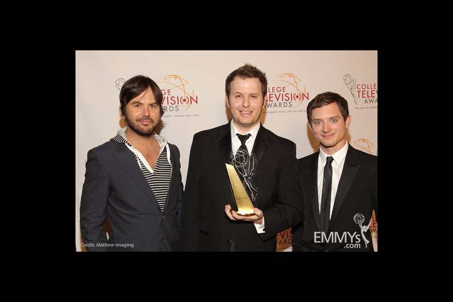 Jason Gann, R. Lance Montgomery II & Elijah Wood at the 32nd College Television Awards