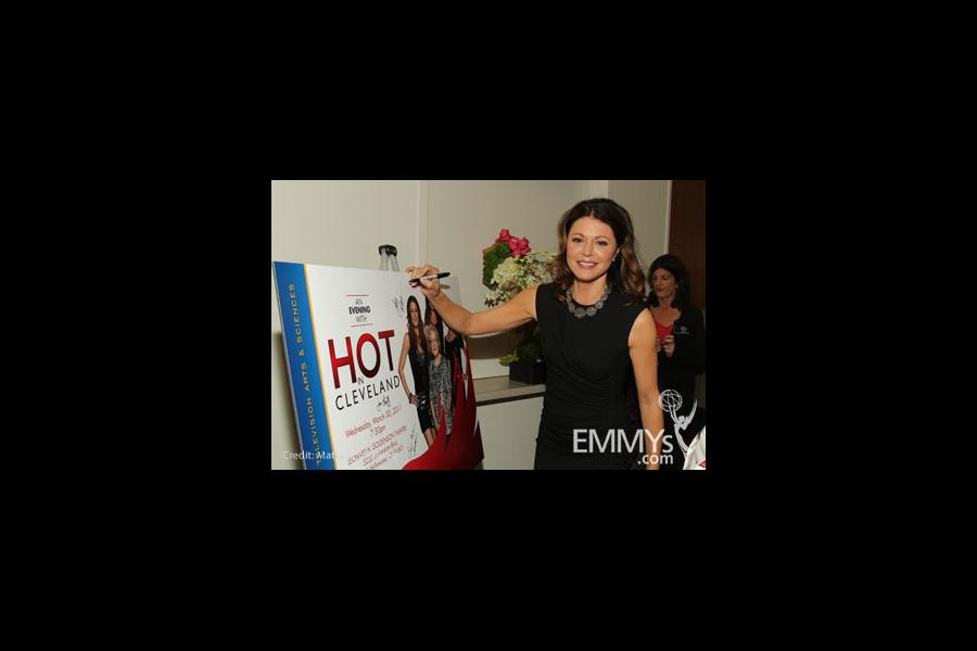 Hot In Cleveland - Jane Leeves