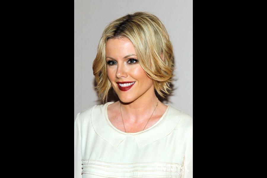 Kathleen Robertson arrives at An Evening With Boss