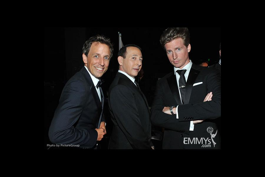 Seth Meyers, Paul Reubens, Josh Meyers backstage