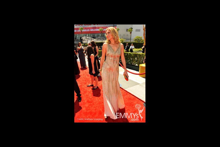 Elizabeth Mitchell at the 62nd Primetime Creative Arts Emmy Awards