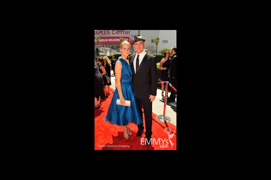 Mike O'Malley with wife Lisa O'Malley at the 62nd Primetime Creative Arts Emmy Awards