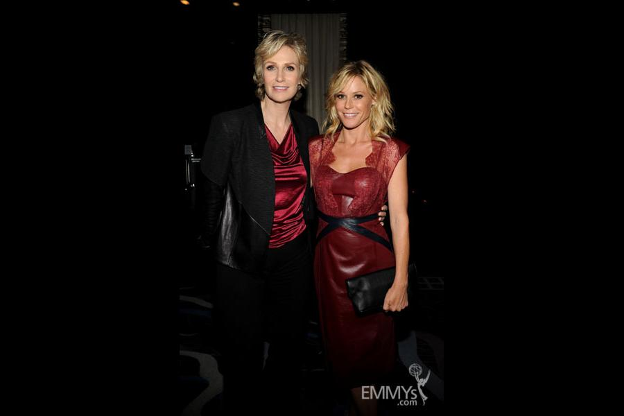 Jane Lynch and Julie Bowen at the 2013 Performers Emmy Celebration