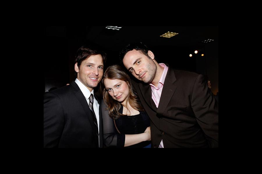 Actors Peter Facinelli, Merritt Wever and Dominic Fumusa