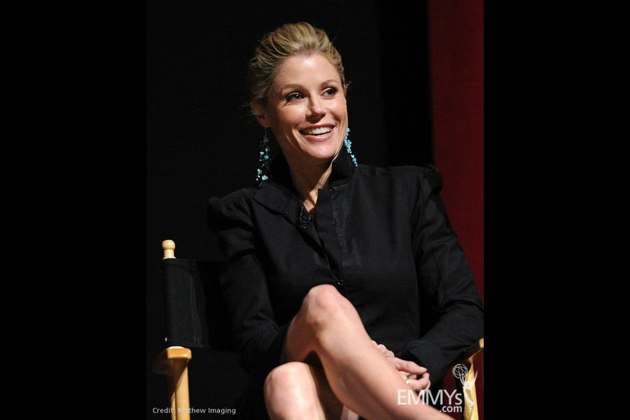 Modern Family - Julie Bowen