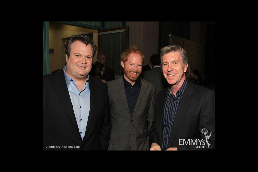 Modern Family - Eric Stonestreet, Jesse Tyler Ferguson and host Tom Bergeron