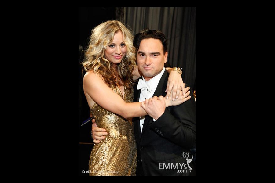 Actors Kaley Cuoco and Johnny Galecki