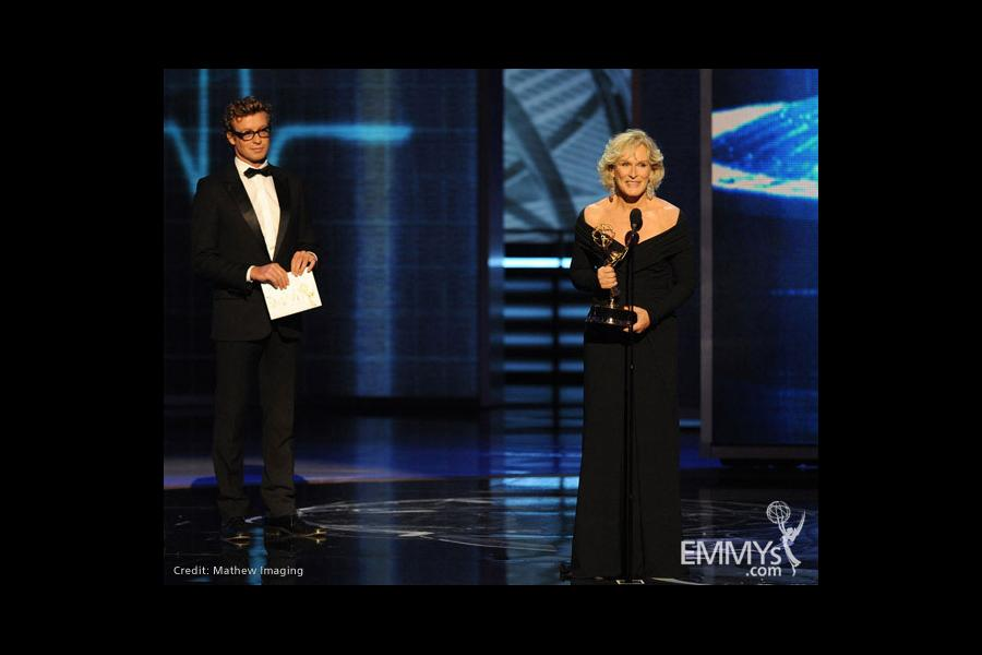 Presenter Simon Baker (L) and actress Glenn Close