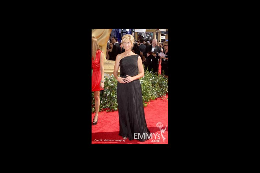 Edie Falco arrives at the 62nd Annual Primetime Emmy Awards held at the Nokia Theatre