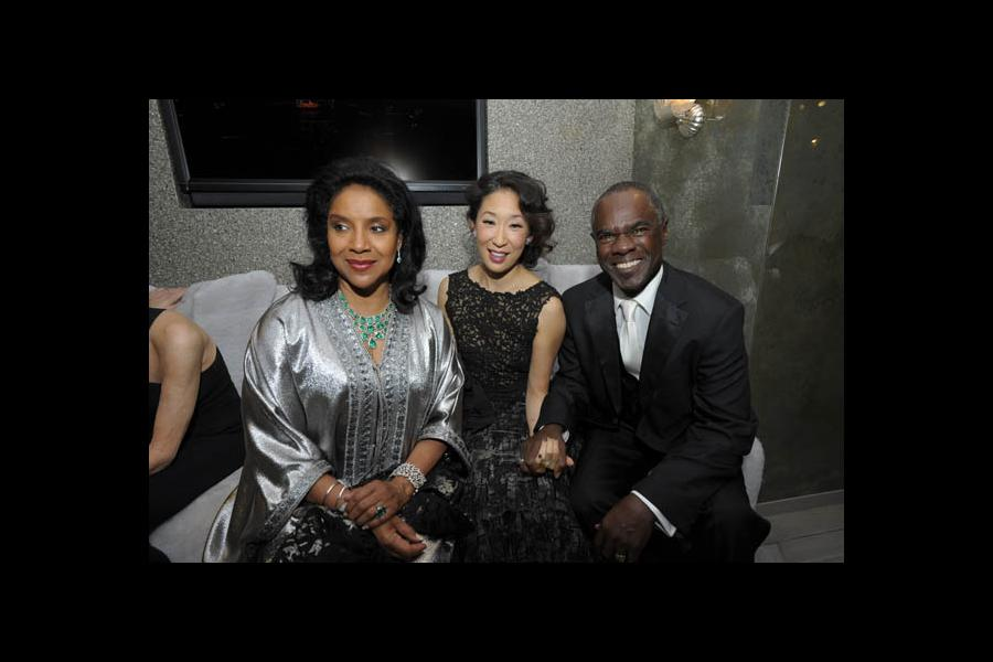 Red Carpet & Greenroom -  Phylicia Rashad, Sandra Oh & Glynn Turman