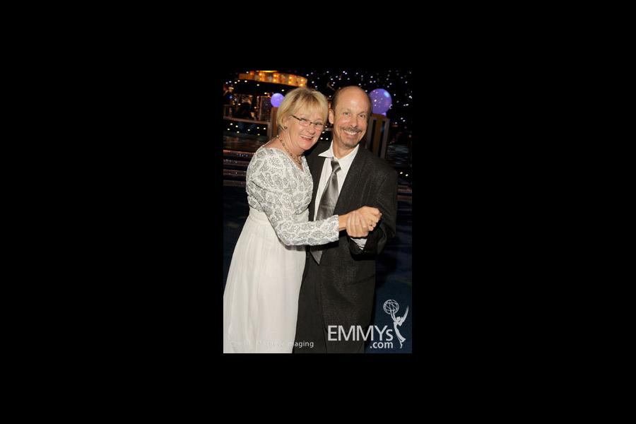 Actress Kathryn Joosten (L) attends Governor's Ball during the 62nd Primetime Creative Arts Emmy Awards at Nokia Theatre