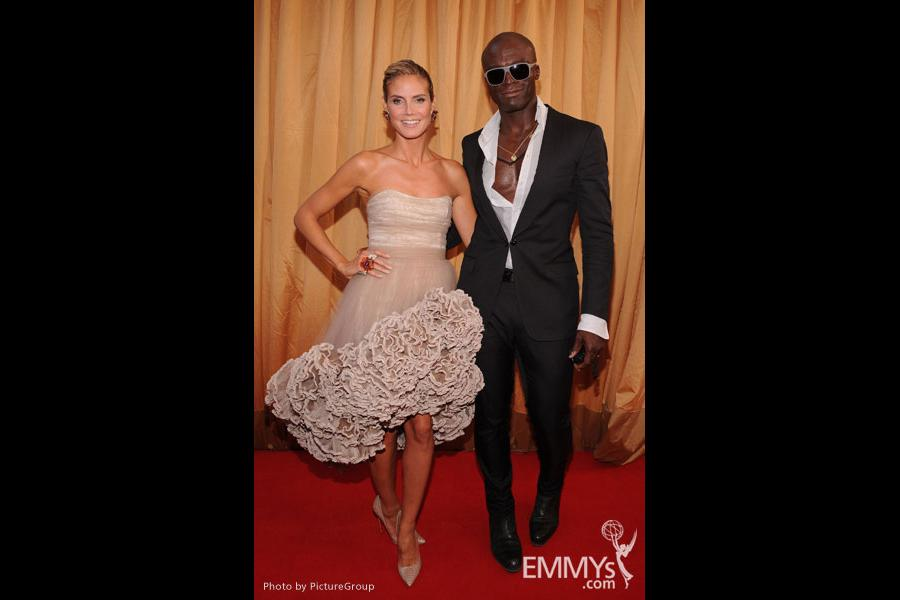 Heidi Klum (L) and Seal arrive at the Academy of Television Arts & Sciences 63rd Primetime Emmy Awards