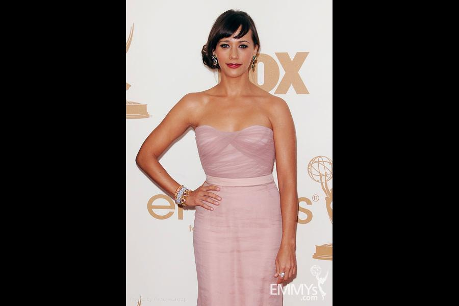 Rashida Jones arrives at the Academy of Television Arts & Sciences 63rd Primetime Emmy Awards
