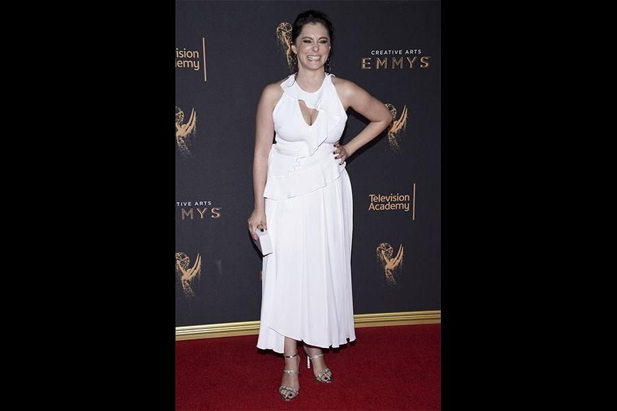 Rachel Bloom on the red carpet at the 2017 Creative Arts Emmys.
