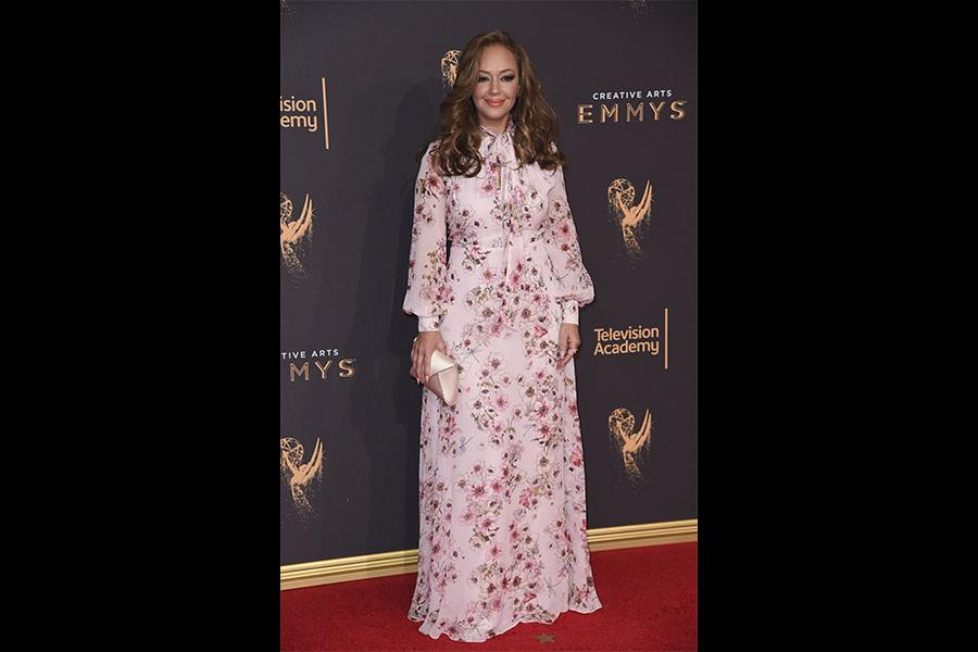 Leah Remini on the red carpet at the 2017 Creative Arts Emmys.
