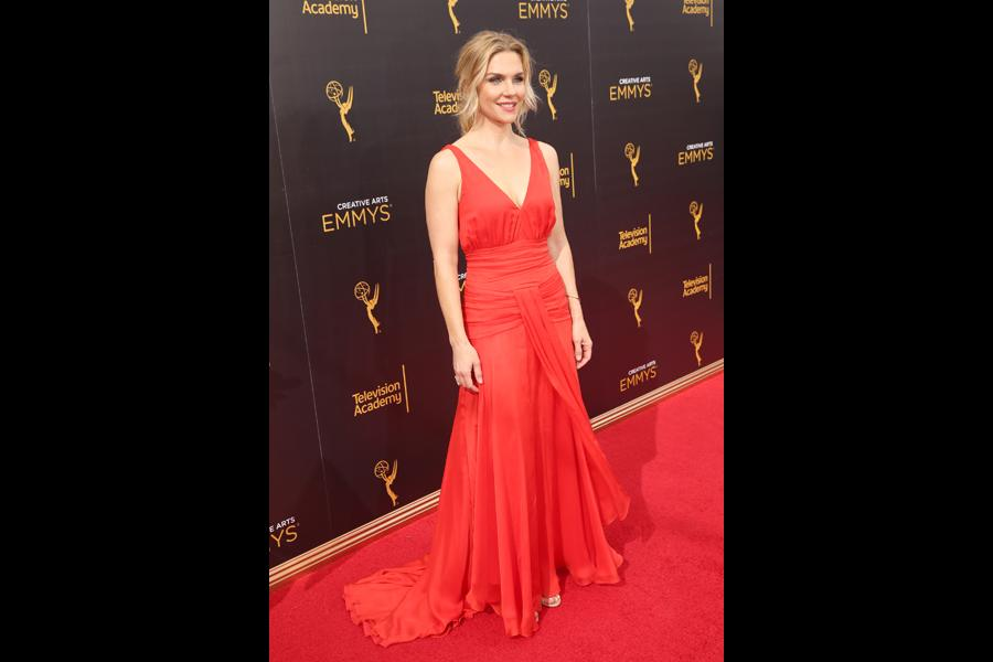 Rhea Seehorn on the red carpet at the 2016 Creative Arts Emmys.
