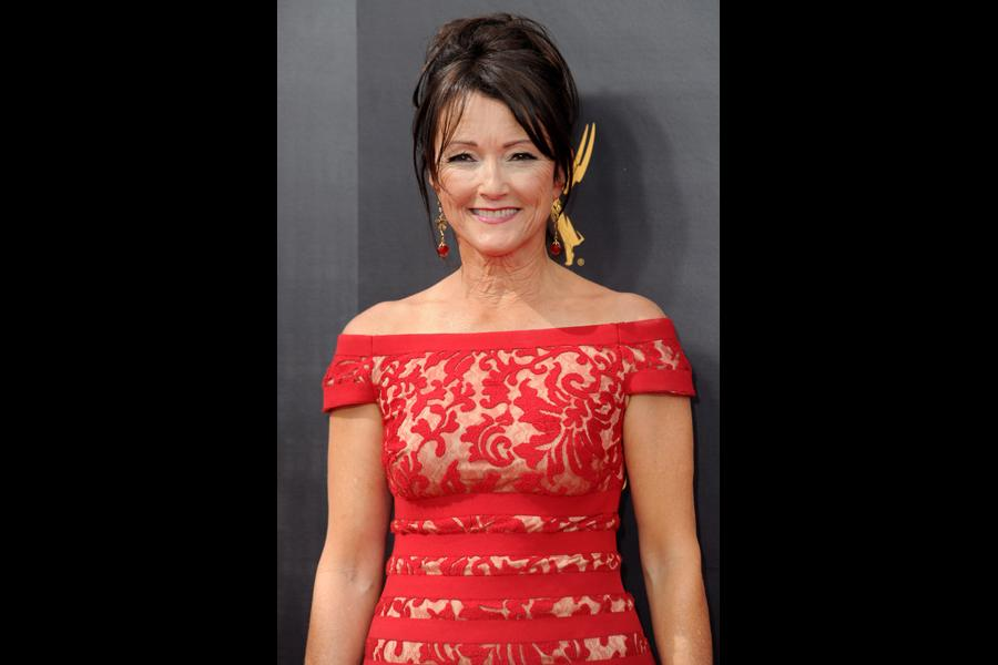 Lisa Waltz on the red carpet at the 2016 Creative Arts Emmys.