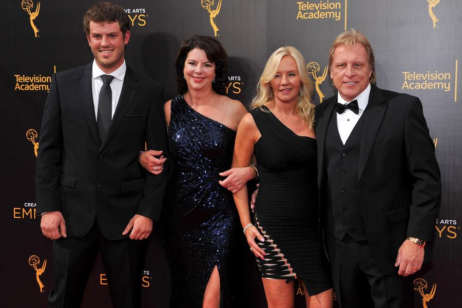 Sean Dwyer, Sig Hansen and guests on the red carpet at the 2016 Creative Arts Emmys.