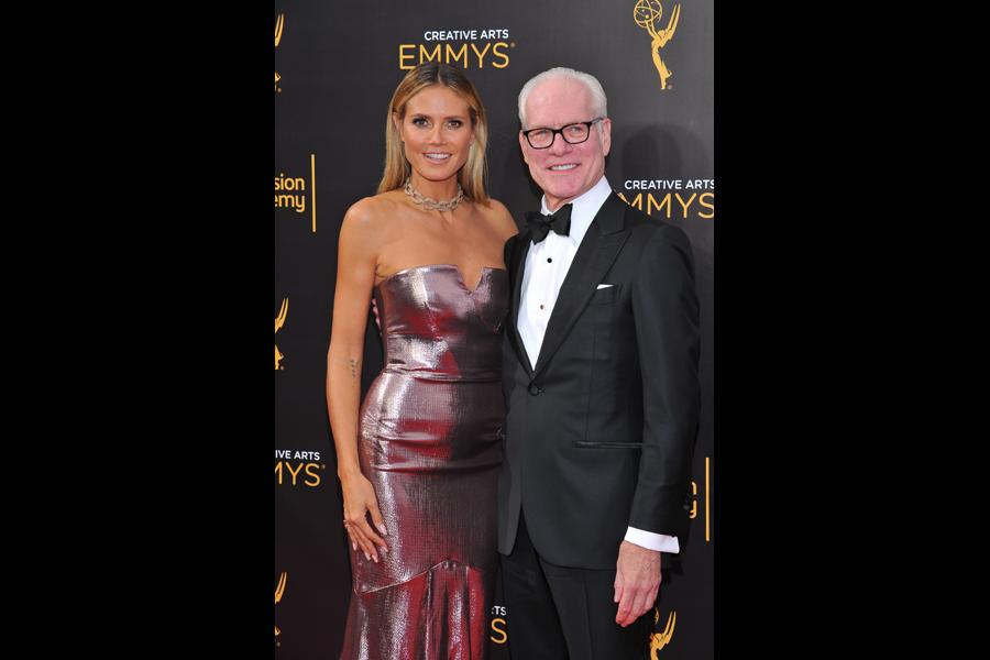 Heidi Klum and Tim Gunn on the red carpet at the 2016 Creative Arts Emmys.