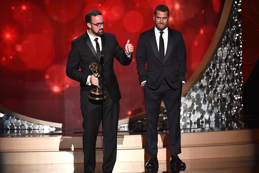 Erik Schuiten accepts an award at the 2016 Creative Arts Emmys.