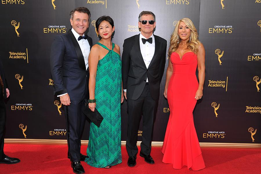 Robert Herjavec, Yun Lingner, Clay Newbill, and Lori Grenier on the red carpet at the 2016 Creative Arts Emmys.
