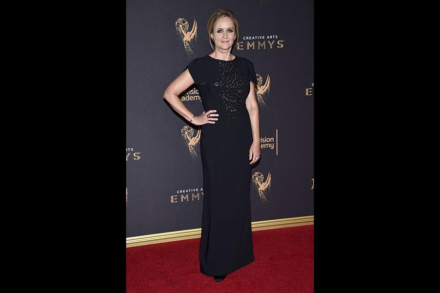 Samantha Bee on the red carpet at the 2017 Creative Arts Emmys.