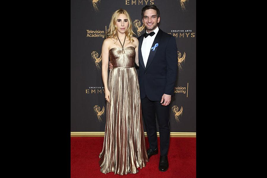 Zosia Mamet and Evan Jonigkeit on the red carpet at the 2017 Creative Arts Emmys.