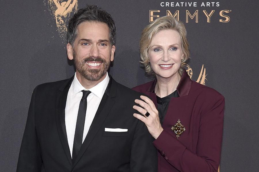 Paul Witten and Jane Lynch on the red carpet at the 2017 Creative Arts Emmys.