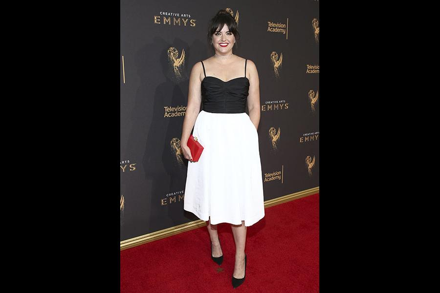 Kathryn Burns aon the red carpet at the 2017 Creative Arts Emmys.