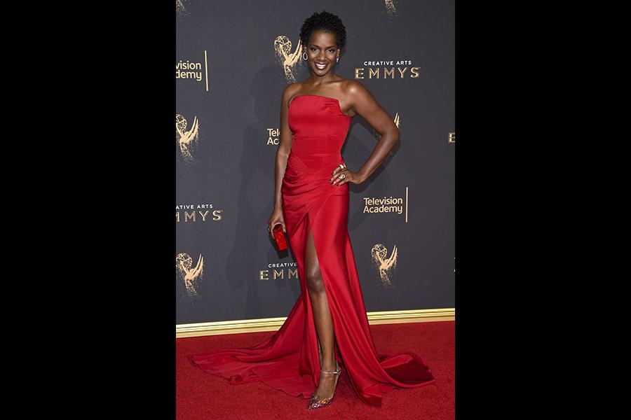 Kelsey Scott on the red carpet at the 2017 Creative Arts Emmys.