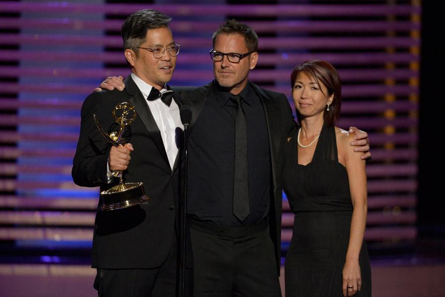 Ray Yamagata (l) Tim Stepeck (c) and Chikako Suzuki (r) accept the award for outstanding art direction for a contemporary program for House of Lies.