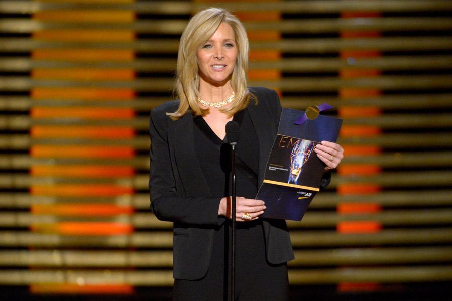 Lisa Kudrow presents an award at the 2014 Primetime Creative Arts Emmys.