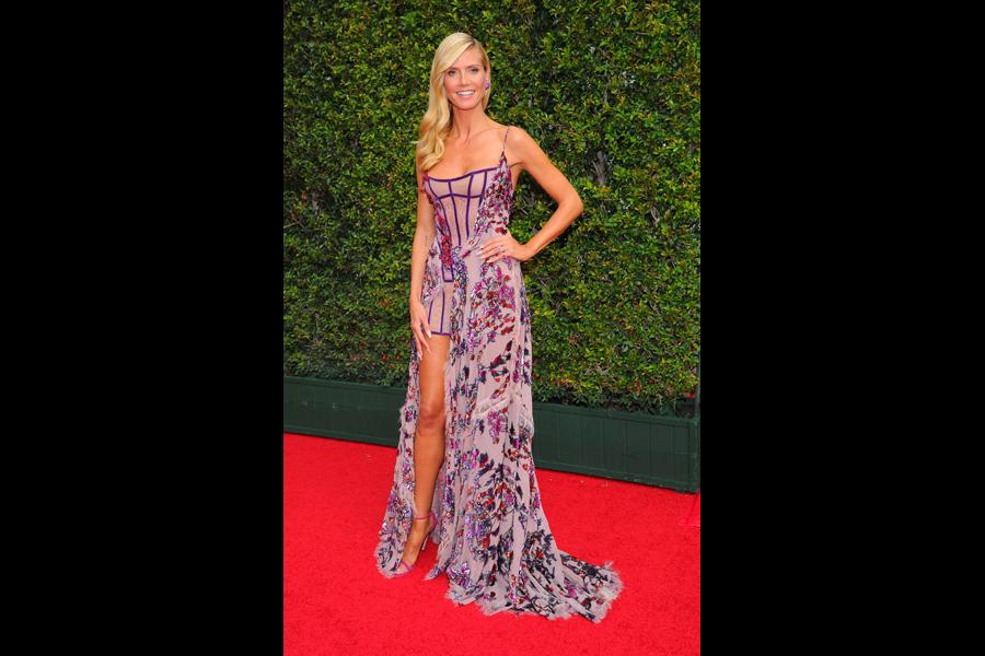 Heidi Klum on the red carpet at the 2015 Creative Arts Emmys.