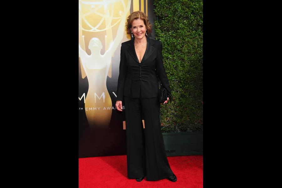 Jessica Walter on the Red Carpet at the 2015 Creative Arts Emmys.