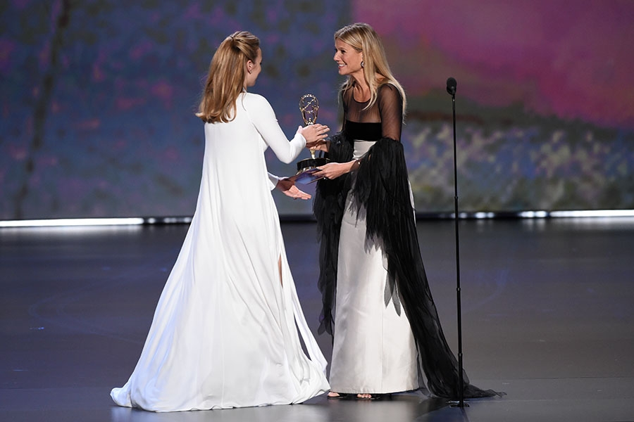 Gwyneth Paltrow presents Jodie Comer her award at the 71st Emmy Awards.