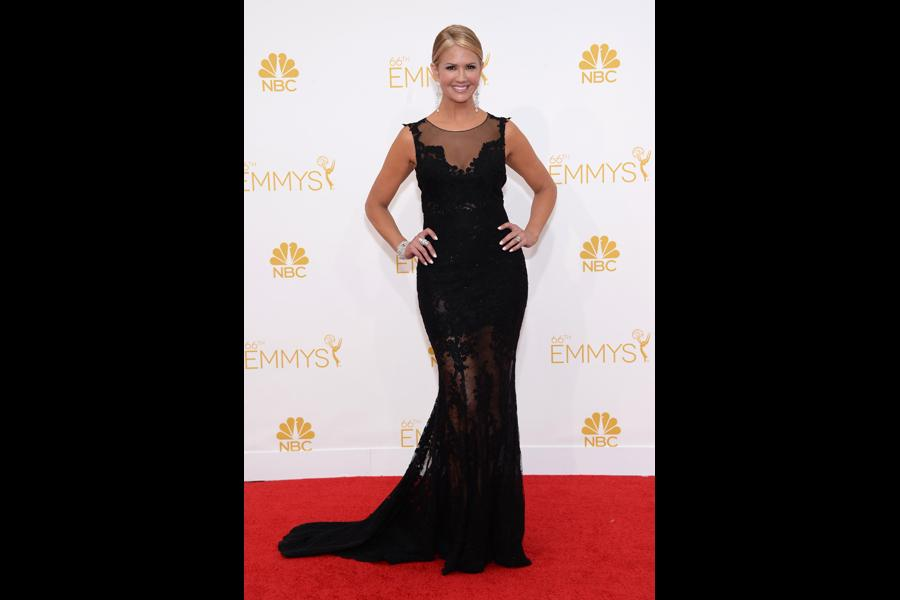 Nancy O'Dell of Entertainment Tonight arrives at the 66th Emmys.