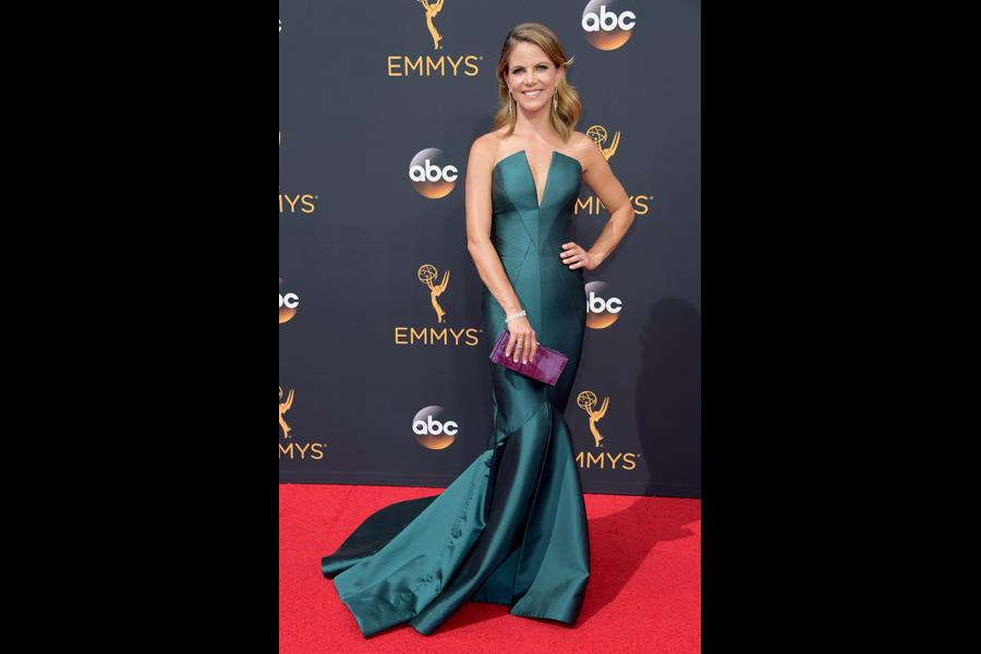 Natalie Morales on the red carpet at the 2016 Primetime Emmys.