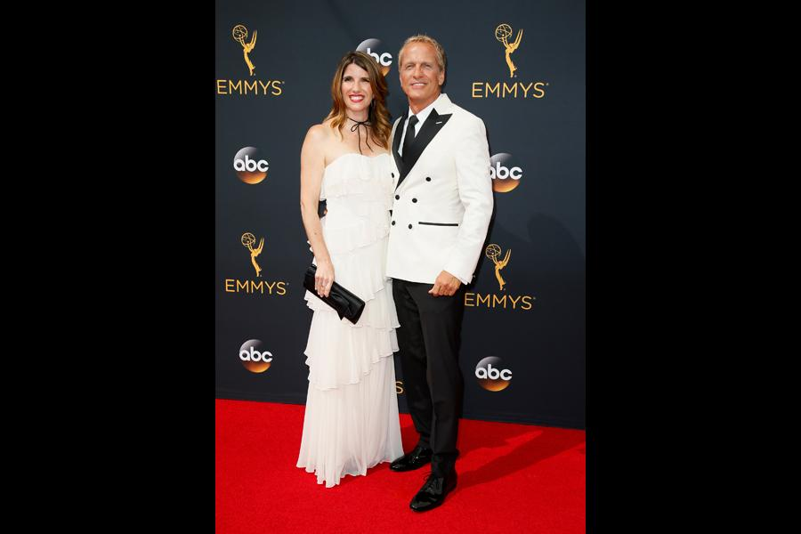 Mandy Fabian and Patrick Fabian on the red carpet at the 2016 Primetime Emmys.