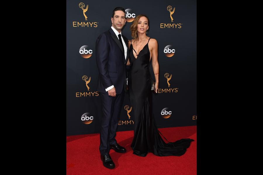 David Schwimmer and Zoe Buckman on the red carpet at the 2016 Primetime Emmys.
