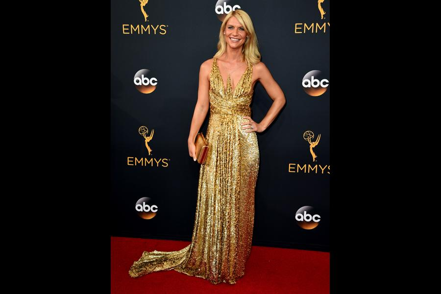 Claire Danes on the red carpet at the 2016 Primetime Emmys.
