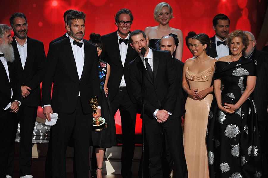 The cast and crew for Game of Thrones accept their award at the 2016 Primetime Emmys.