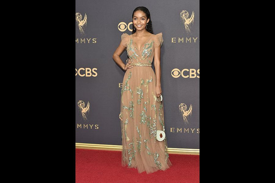 Yara Shahidi on the red carpet at the 2017 Primetime Emmys.