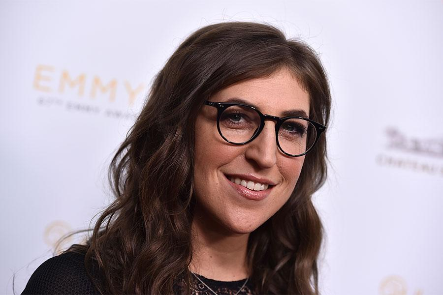 Mayim Bialik arrives at the Performers Peer Group Celebration August 24 at the Montage in Beverly Hills, California.