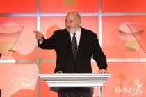 Rob Reiner introducing the Smothers Brothers.