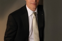 Zeljko Ivanek - Charles Bush Photo Gallery 4