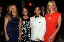 Connie Britton, Julie Bowen, Dan Bucatinsky, Anna Gunn