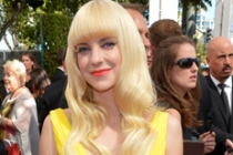 Anna Faris on the Red Carpet at the 65th Emmys