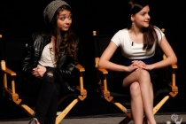 Modern Family - Sarah Hyland and Ariel Winter
