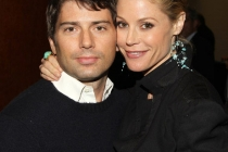 Modern Family - Julie Bowen with husband Scott Phillips